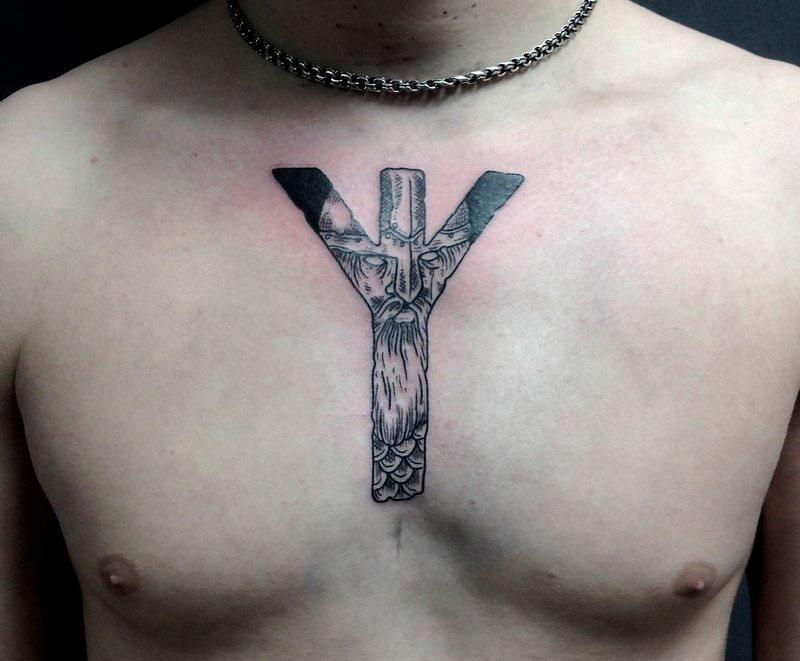татуировка с руной альгиз